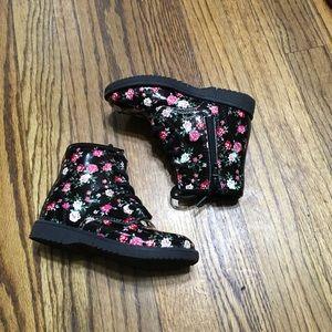 Children Place floral rain boots size 8